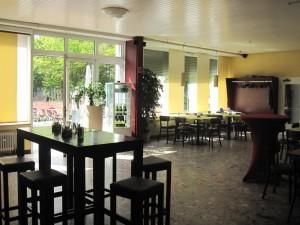 Clubhaus_innen_01